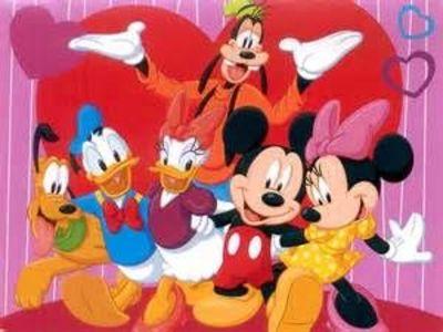 ディズニーフレンズ【ミッキーマウスの仲間フレンド】スマホ壁紙 待ち受け画像