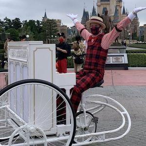 【ディズニー】ベリミニ衣装のグリーティングパレードと共にバイシクルピアノも復活